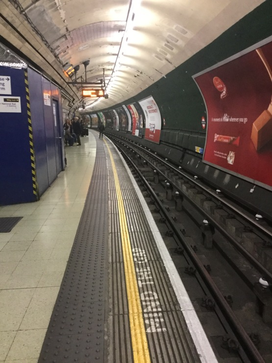 london, tube station