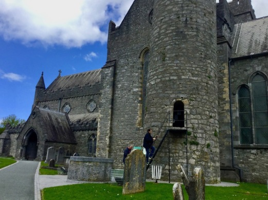 kilkenny, st canice cathedral, ireland, round tower