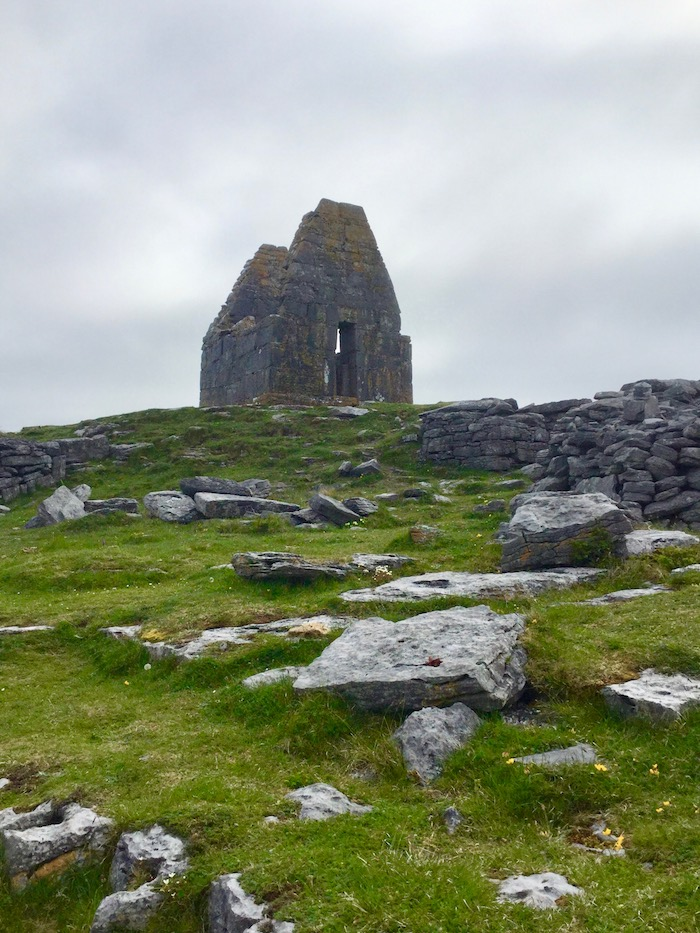 inishmore, aran islands, st beanan temple