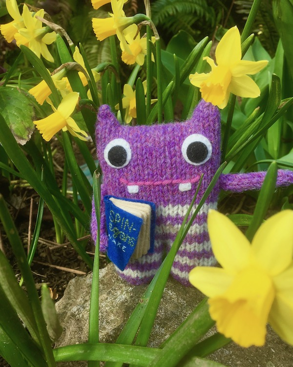 daffodil, finn mcspool, beastie, crawcrafts beasties, flowers, garden