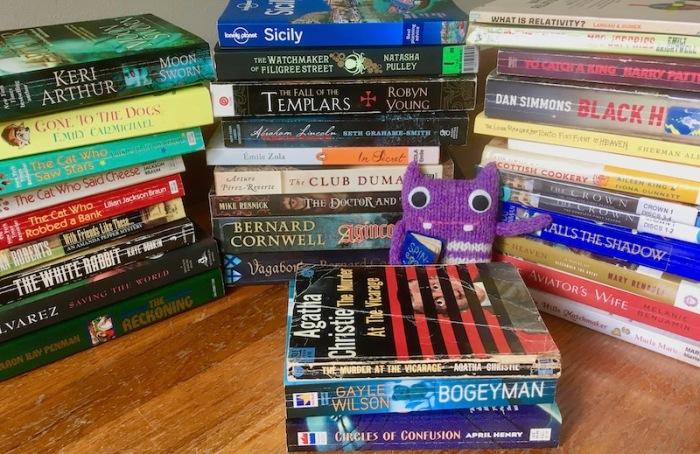 finn McSpool, library, book sale, milwaukie oregon, Ledding library